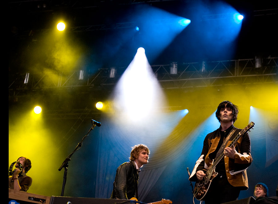 03_The_Raconteurs