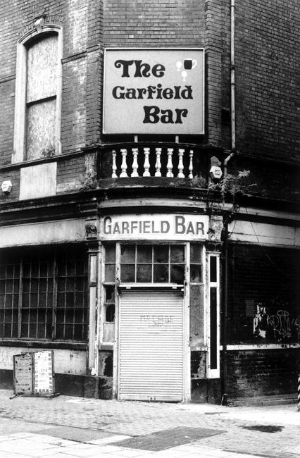 Garfield Bar